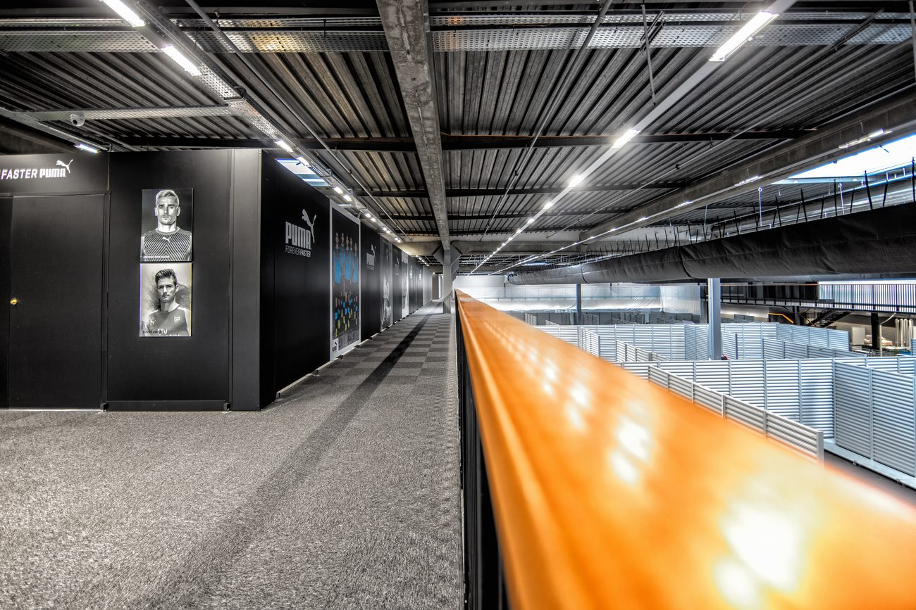 Showroom Intersport Agneaux DNS Architectes